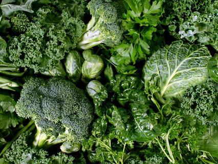 Consumare quotidianamente verdure a foglia verde mantiene elevati i livelli di ossido nitrico, prote