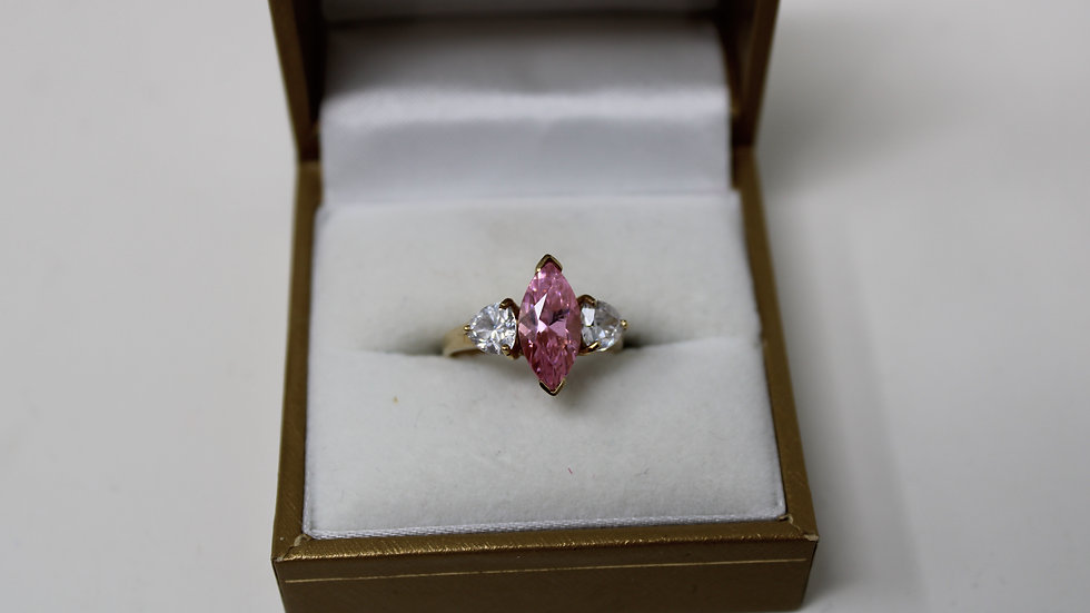 14KT Yellow Gold With White topaz & Pink Sapphire Size 6