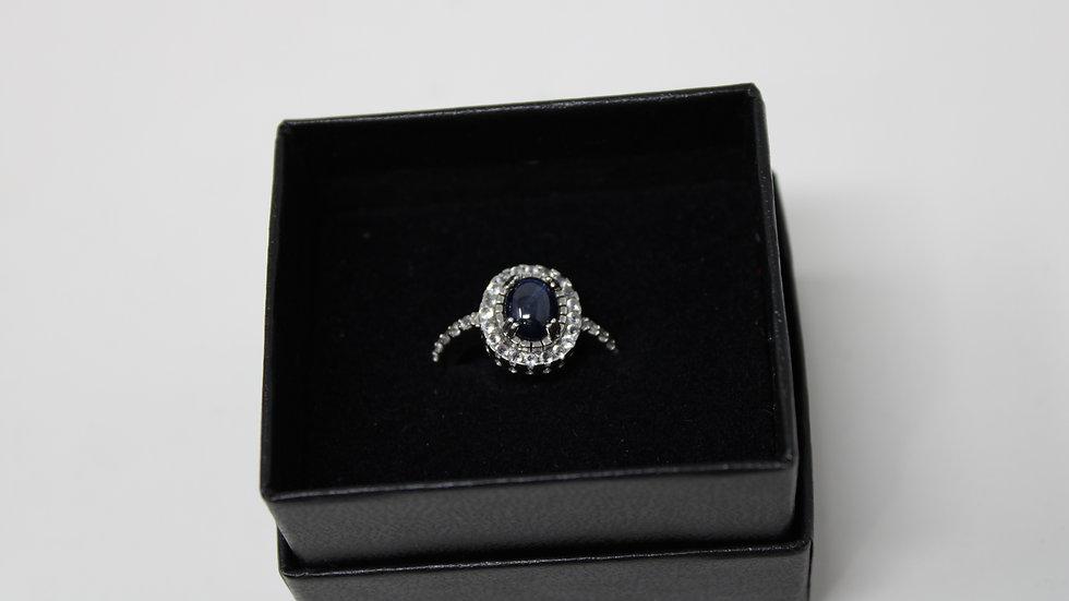 .925 Sterling Silver Star Sapphire & White Topaz size 5