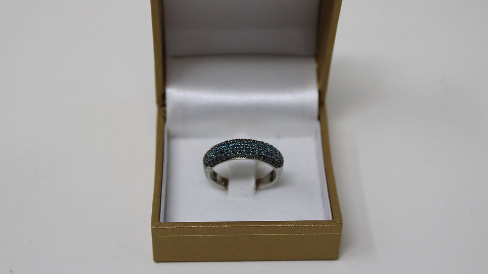 .925 Sterling Silver with Blue Diamonds Size 8