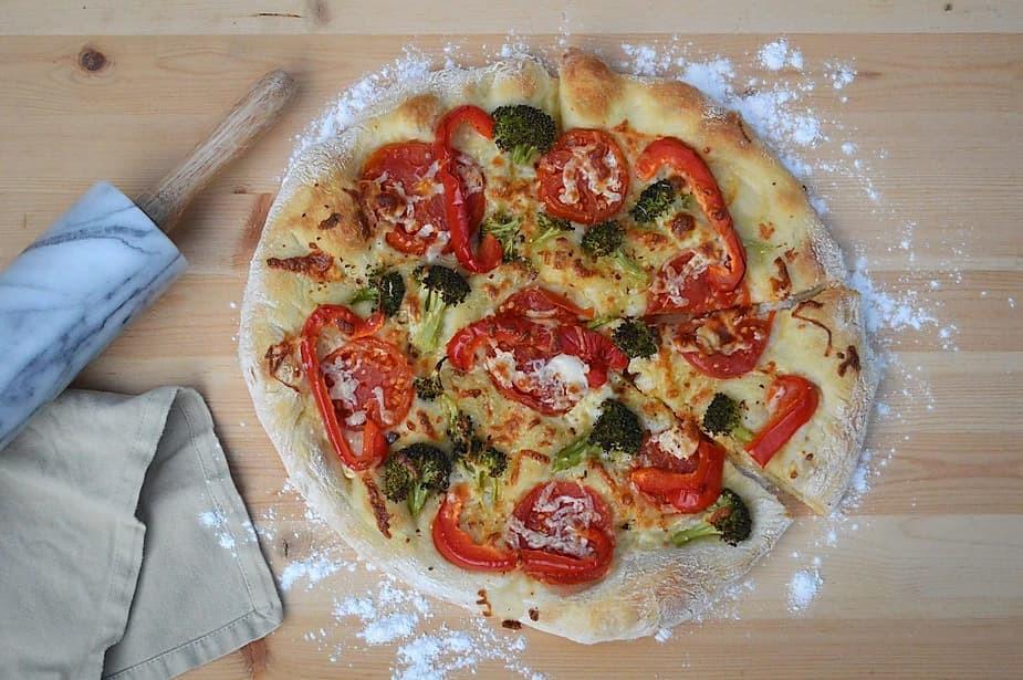 Sasha from Cat's Cove's favourite flatbread pizza