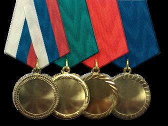 """Заводом """"МФ Знак"""" выпущена серия сувенирных медалей под вставку."""