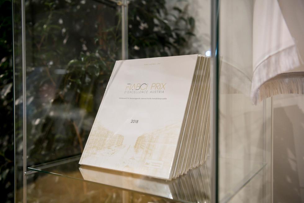Das Buch zum Abend