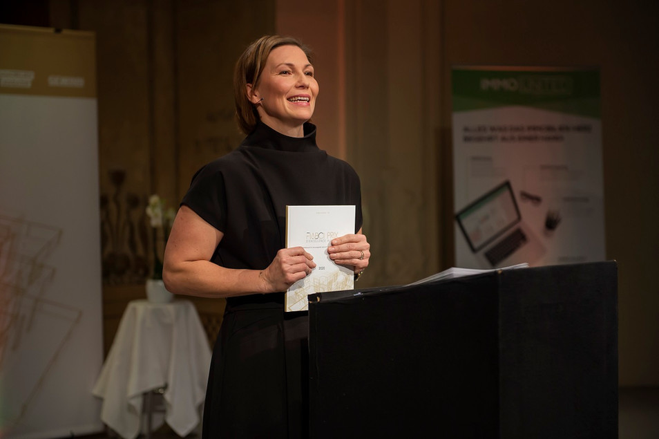 Sandra Baierl_Moderatorin_Prix Buch 2020