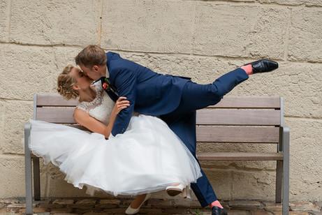 Brautpaar hat Spaß