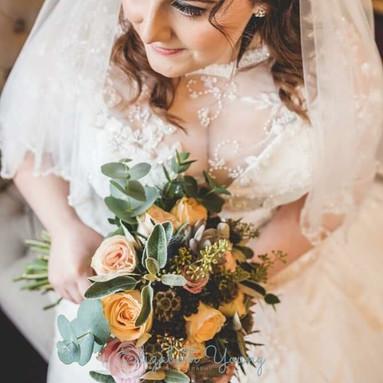 Winter textured bridal bouquet