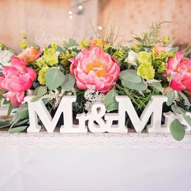 Summery top table flowers