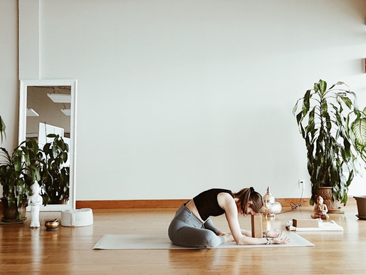 Le Yin yoga, une pratique douce pour relâcher les tensions
