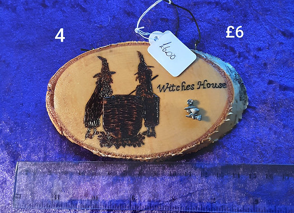 a selection of Beautifully made wooden plaques click on image to see designs