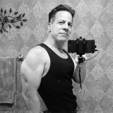 Michael Robert Lawrence Ftness Selfie 8