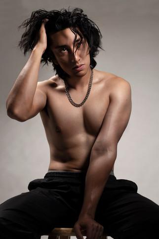 EB Shirtless Photo #12 10152020.jpg