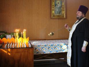 ПАМЯТЬ ЖЕРТВ ТРАГЕДИИ В БЕСЛАНЕ МОЛИТВЕННО ПОЧТИЛИ В ЛИВЕНСКОЙ ЕПАРХИИ