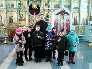 В ПРЕДДВЕРИИ ПРАЗДНИКА РОЖДЕСТВА ХРИСТОВА В КАЗАНСКОМ ХРАМЕ Д. ЯКОВЛЕВО СОСТОЯЛАСЬ ЕЖЕГОДНАЯ ВСТРЕЧА