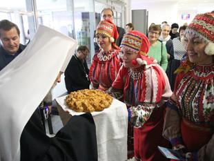 ЕПИСКОП ЛИВЕНСКИЙ И МАЛОАРХАНГЕЛЬСКИЙ НЕКТАРИЙ ПОСЕТИЛ ТОРЖЕСТВЕННЫЙ ПРАЗДНИЧНЫЙ КОНЦЕРТ ПО СЛУЧАЮ 8