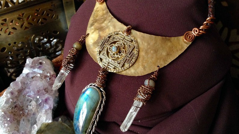 Labradorite Yantra large Necklace with Lazer Quartz
