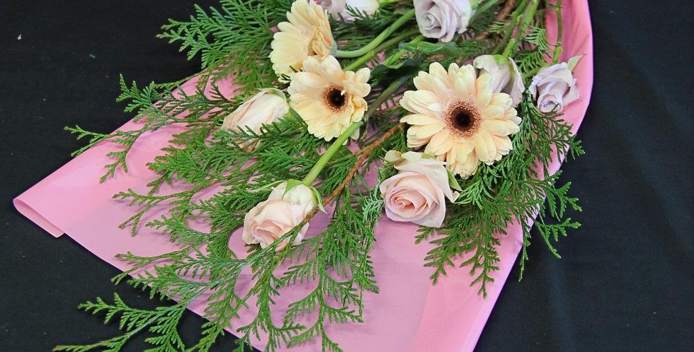 Petite Pastel Bouquet