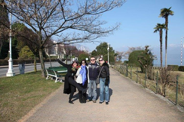 Pete with Sam Brown, Margo Buchanan, and Helen McCrobbie (Spain)