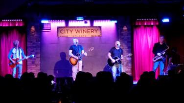 Pete with Edwin McCain Band. Atlanta USA