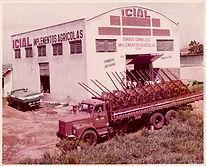 Implementos Agrícolas ARAGEO - Fabricação e Reforma desde 1966 - curvadeiras hidráulicas, plainas tarseiras, adubadores, carretas para máquinas, adaptações e projetos especiais para implementos agrícolas e acessórios