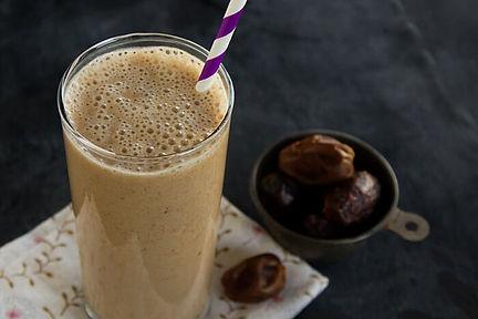 almond date shake.jpg