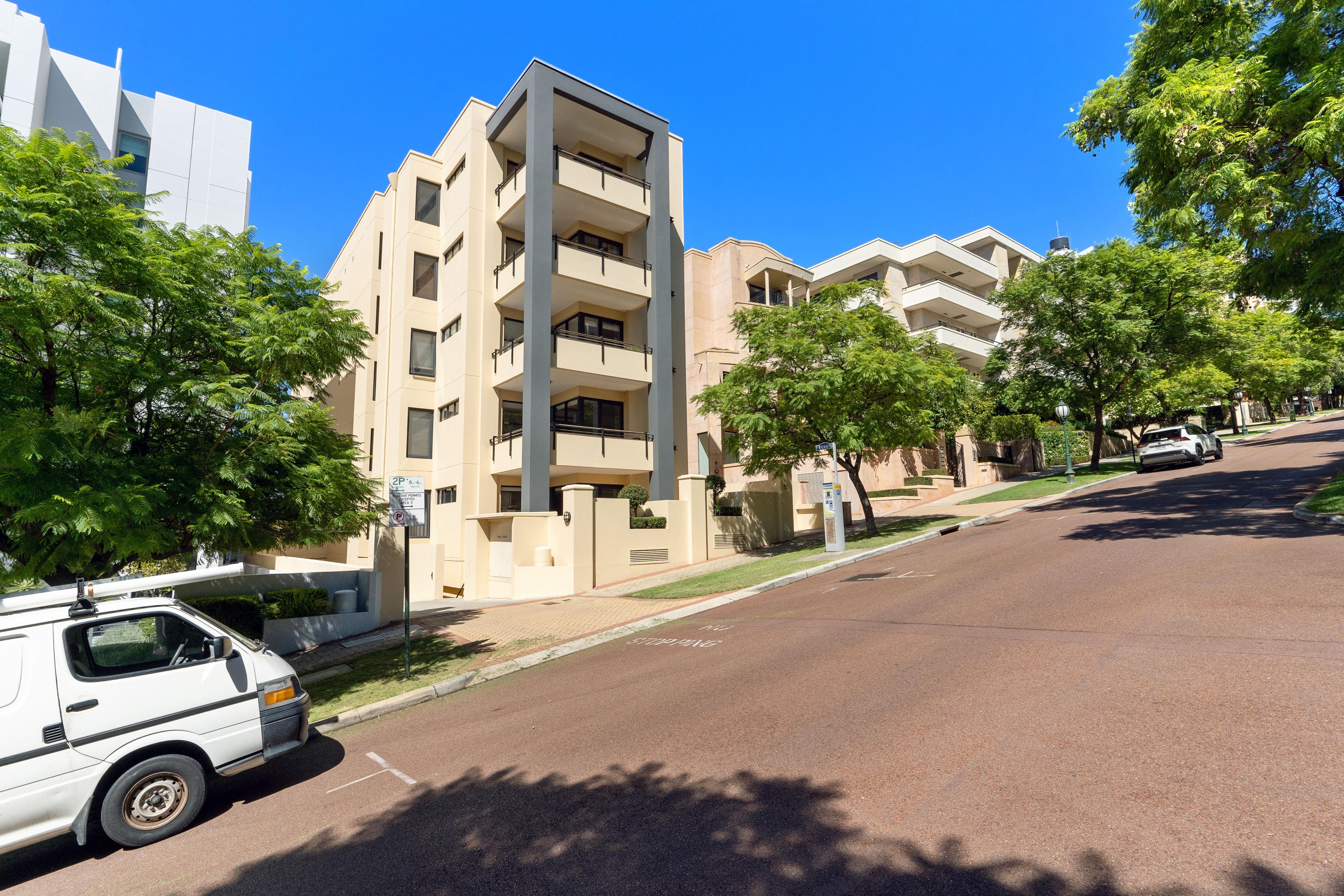 PRINT 1 51 Mount Street, West Perth 24