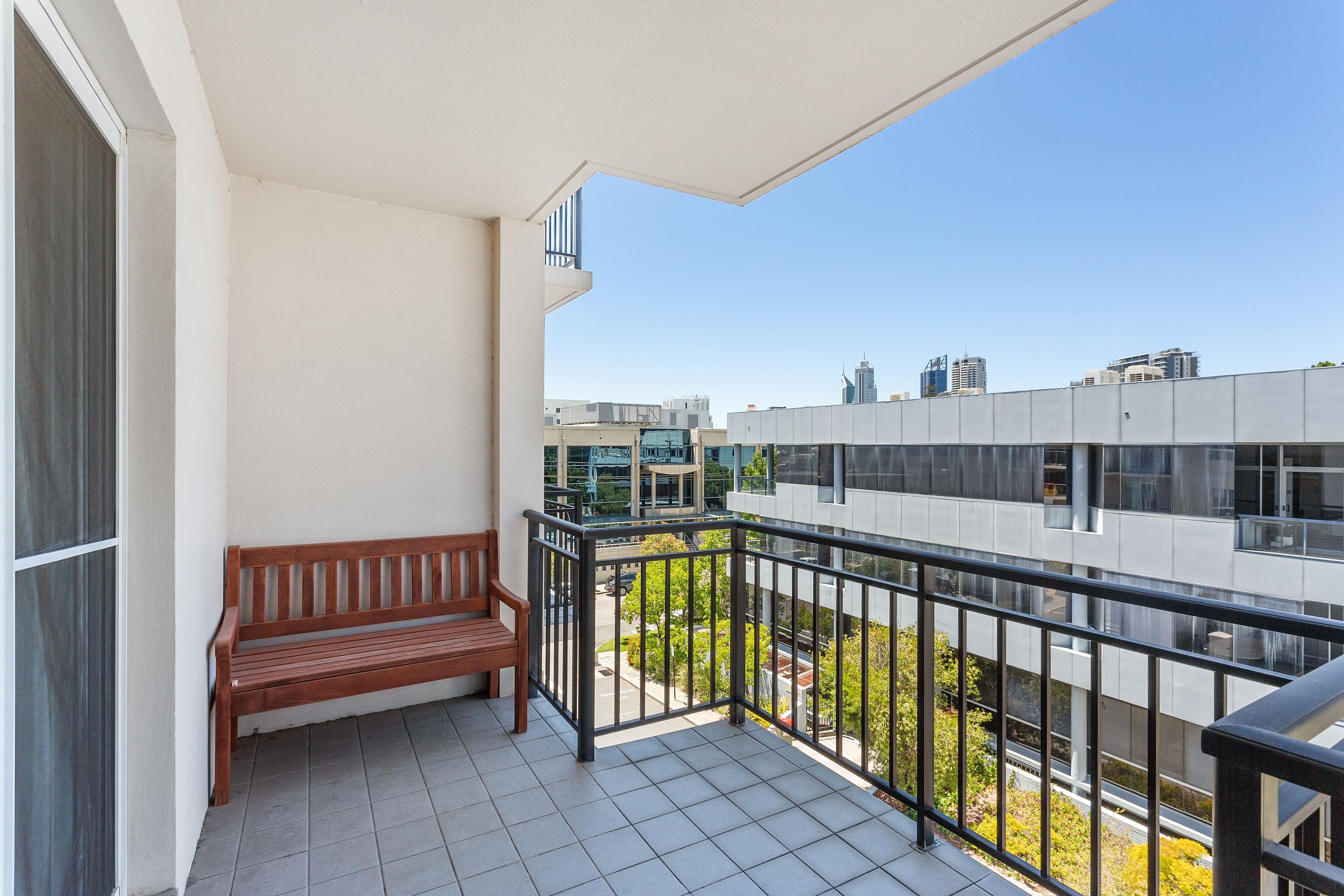 PRINT 9w 161 Colin Street, West Perth 05