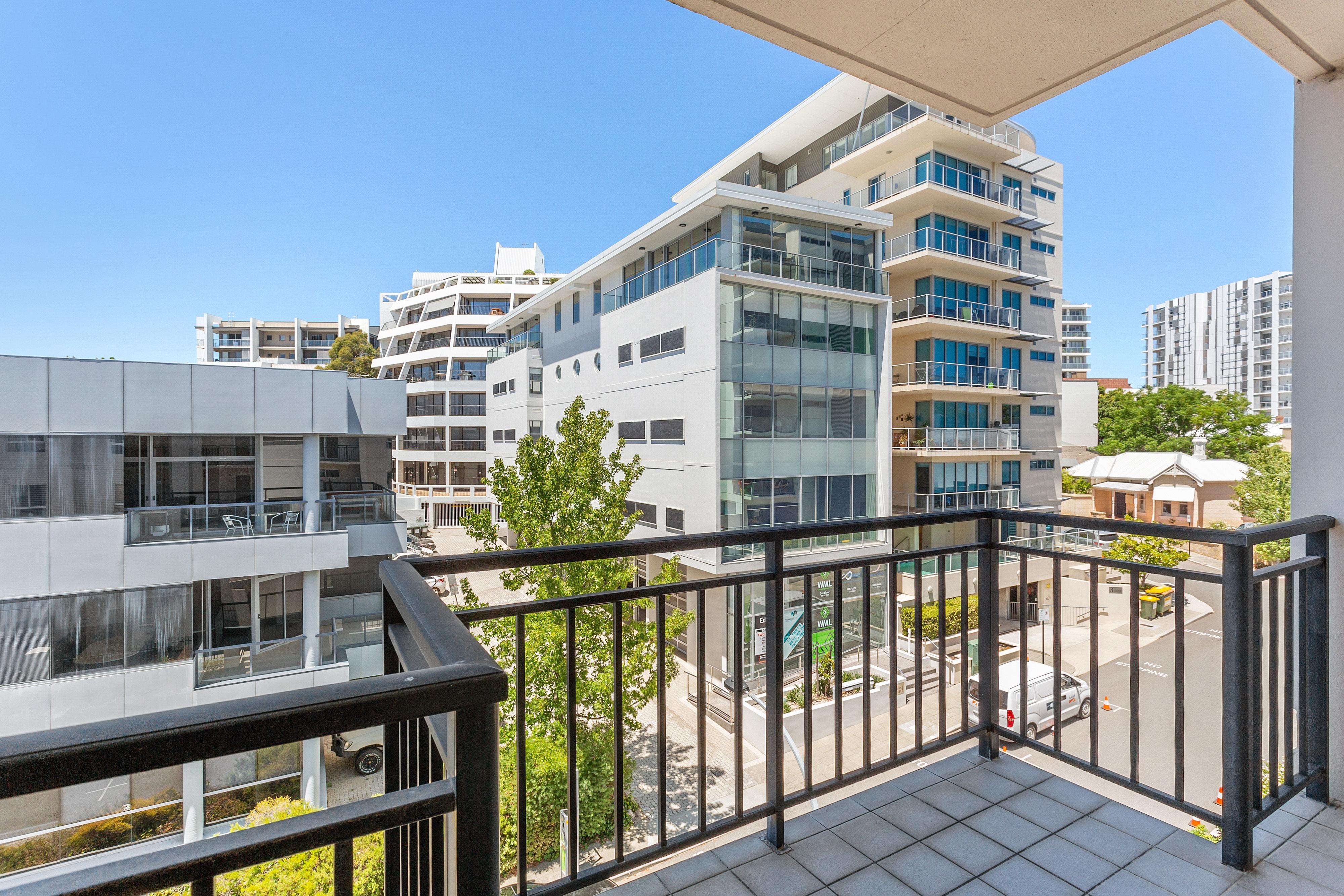 PRINT 9w 161 Colin Street, West Perth 07