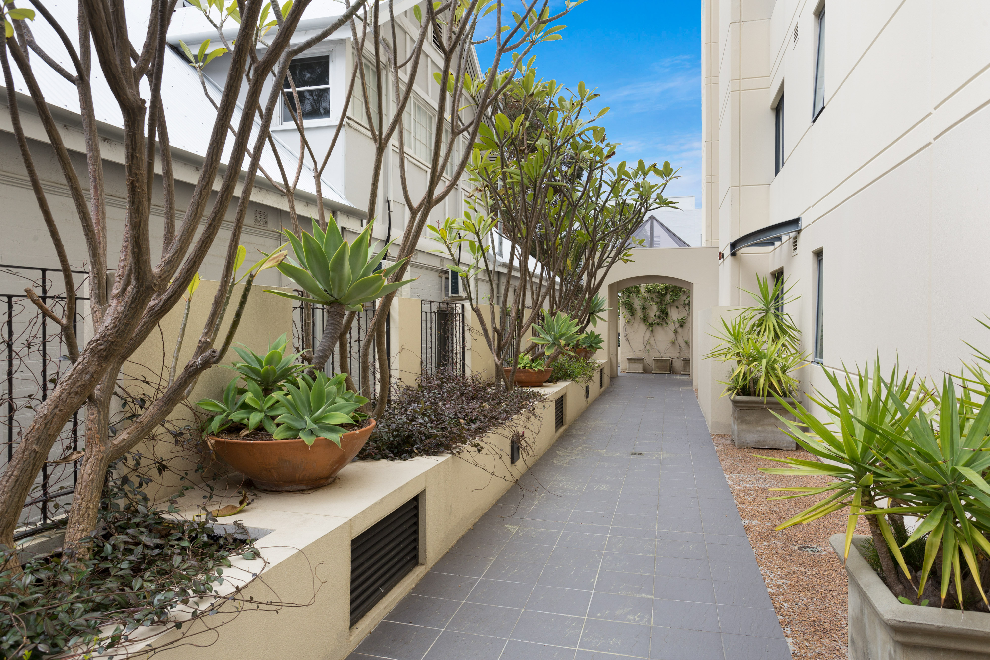 PRINT 1 2 Outram Street West Perth 22