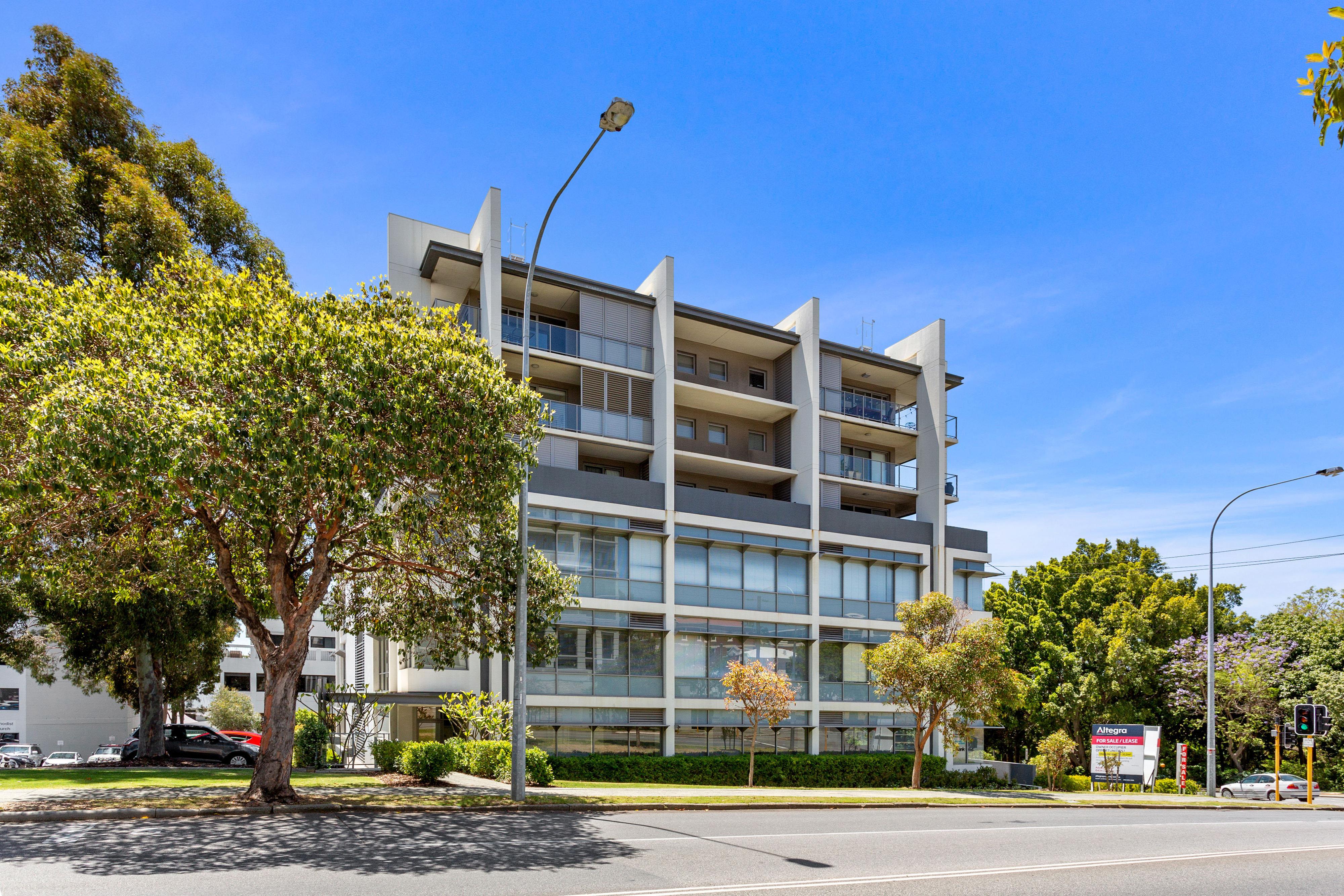 PRINT 9 111 Colin Street, West Perth 23.