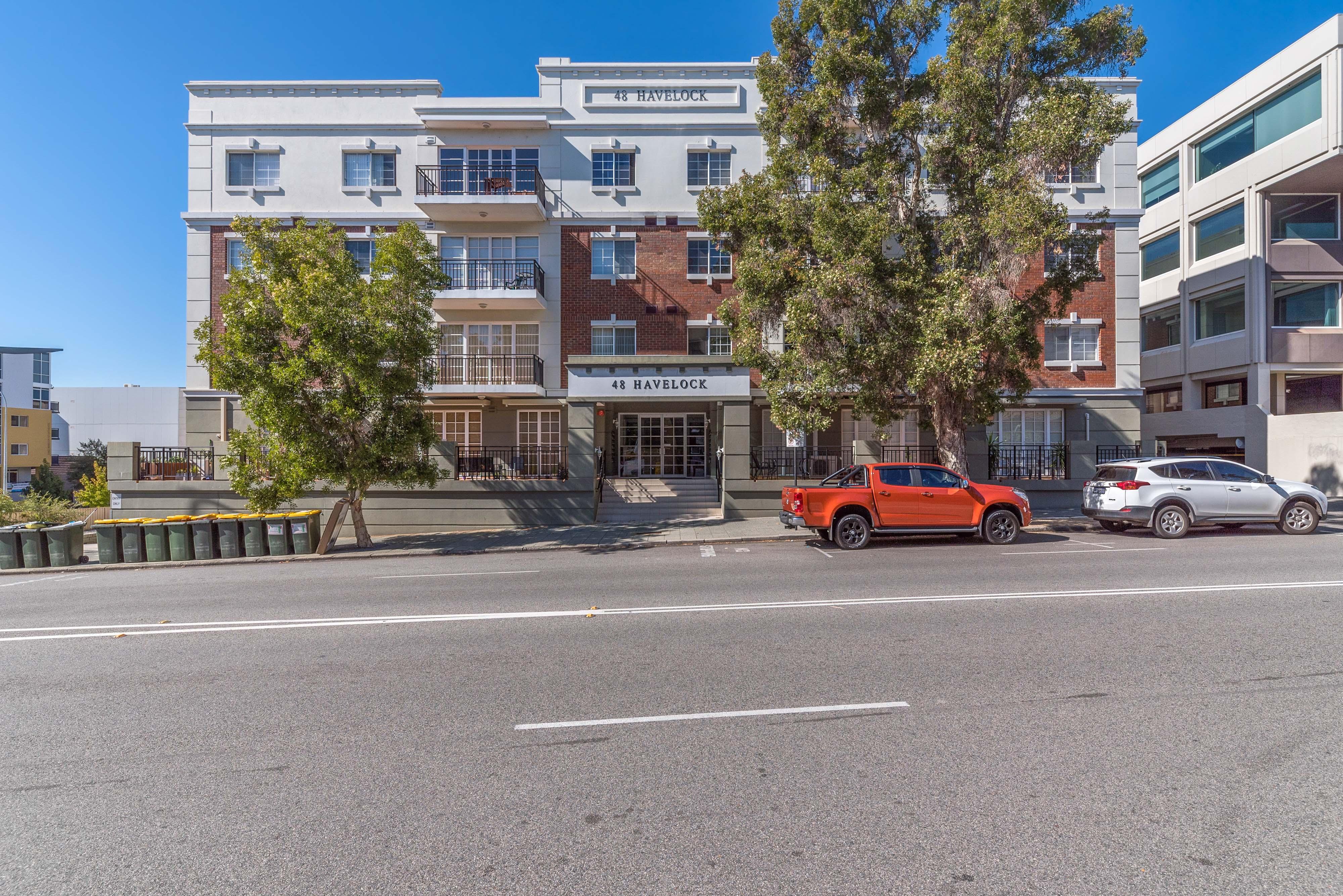 PRINT 21_48 Havelock St West Perth 03