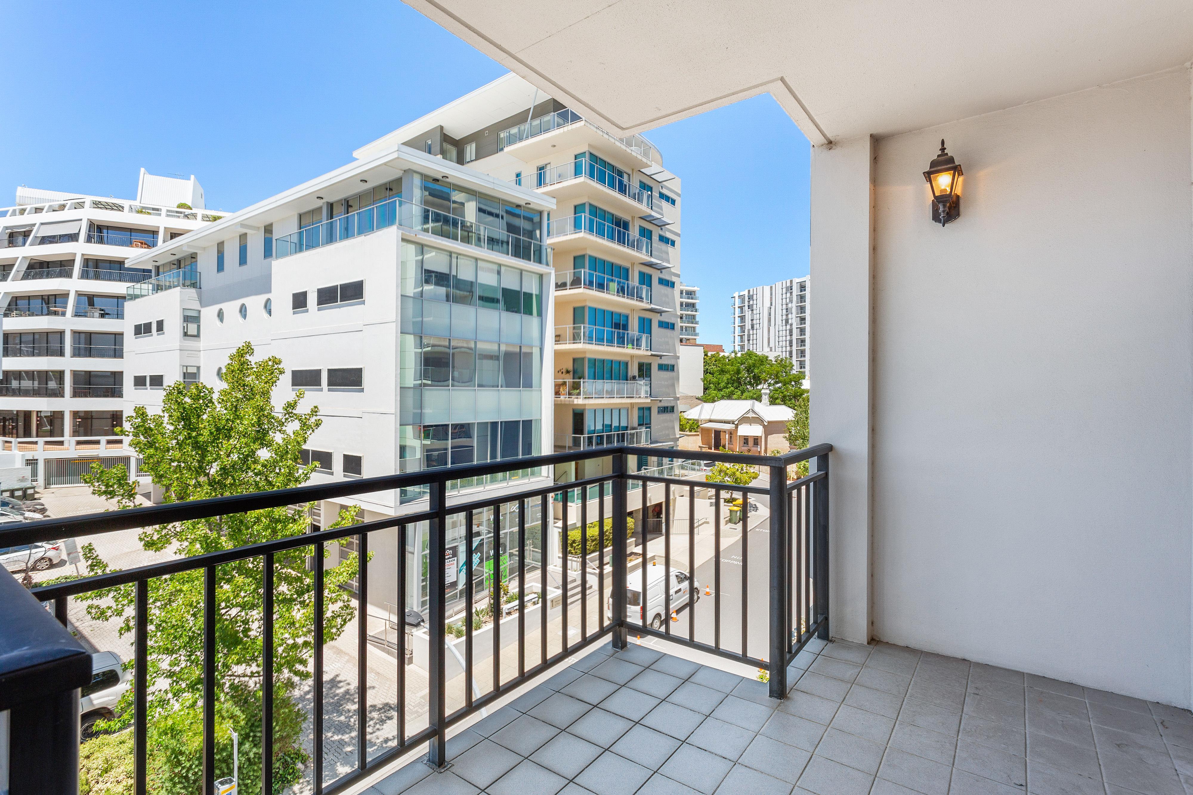 PRINT 9w 161 Colin Street, West Perth 06
