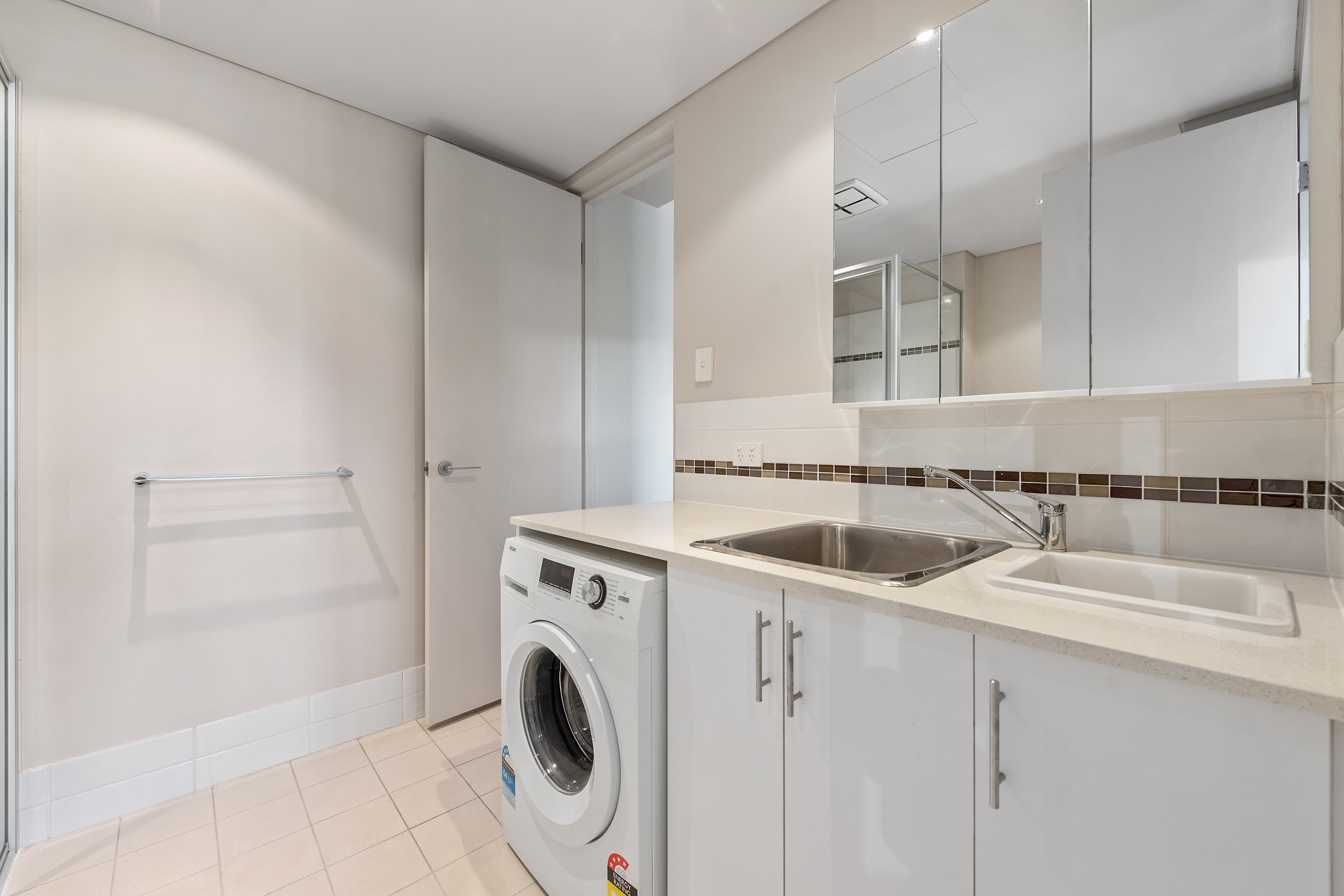 PRINT 202 48 Outram St, West Perth 04
