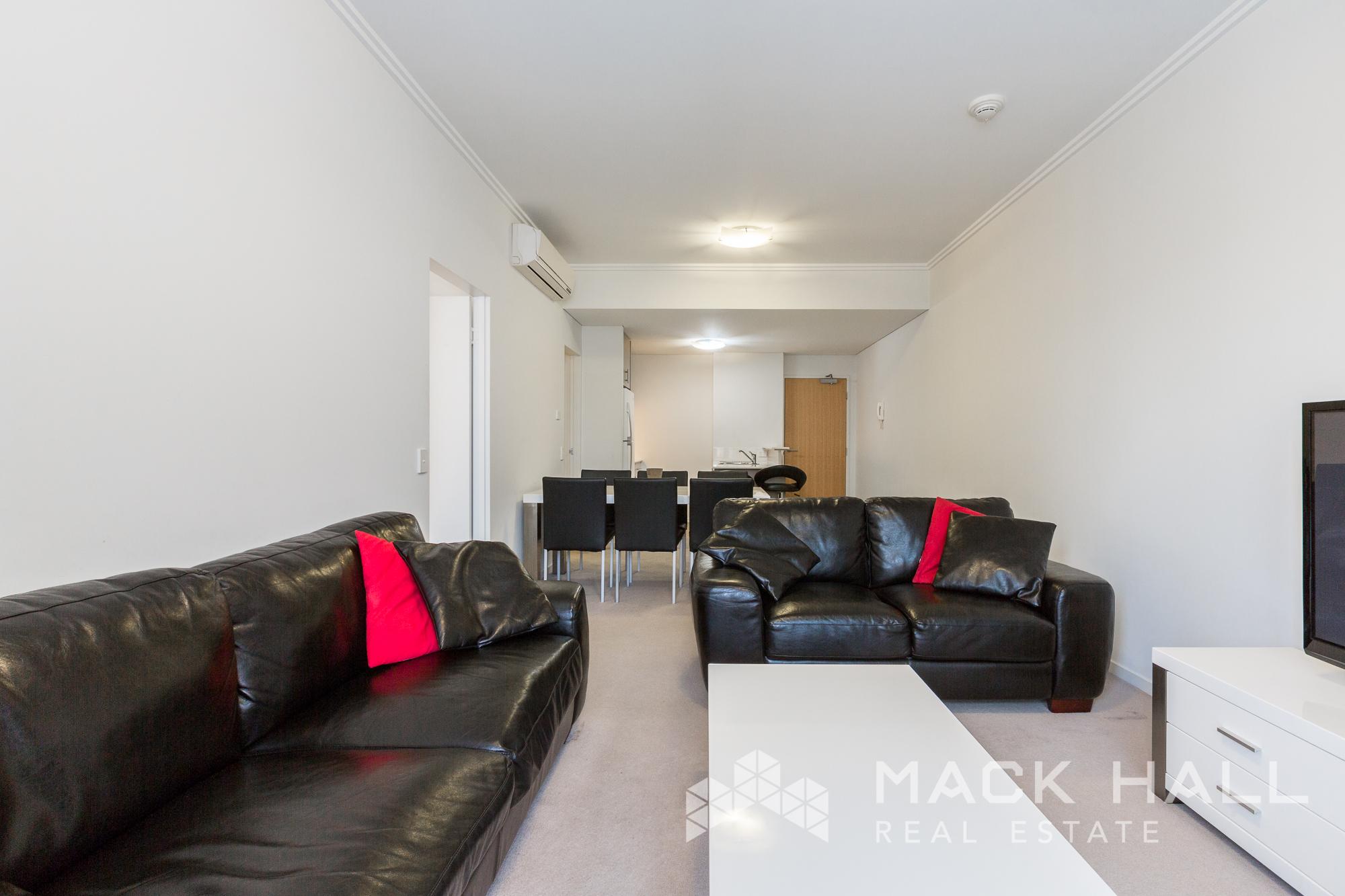 23-863 Wellington St West Perth-1034