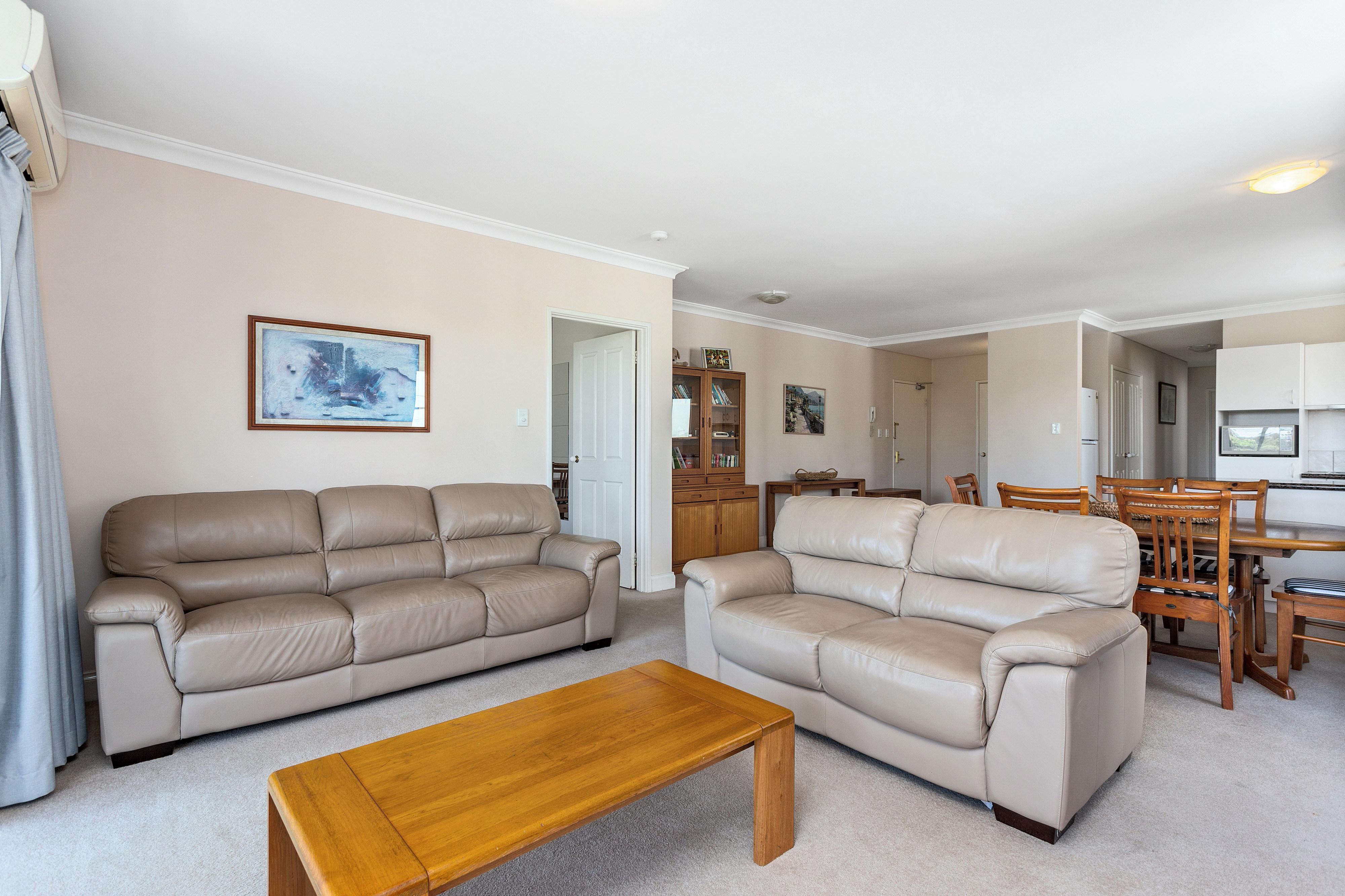 PRINT 9w 161 Colin Street, West Perth 19