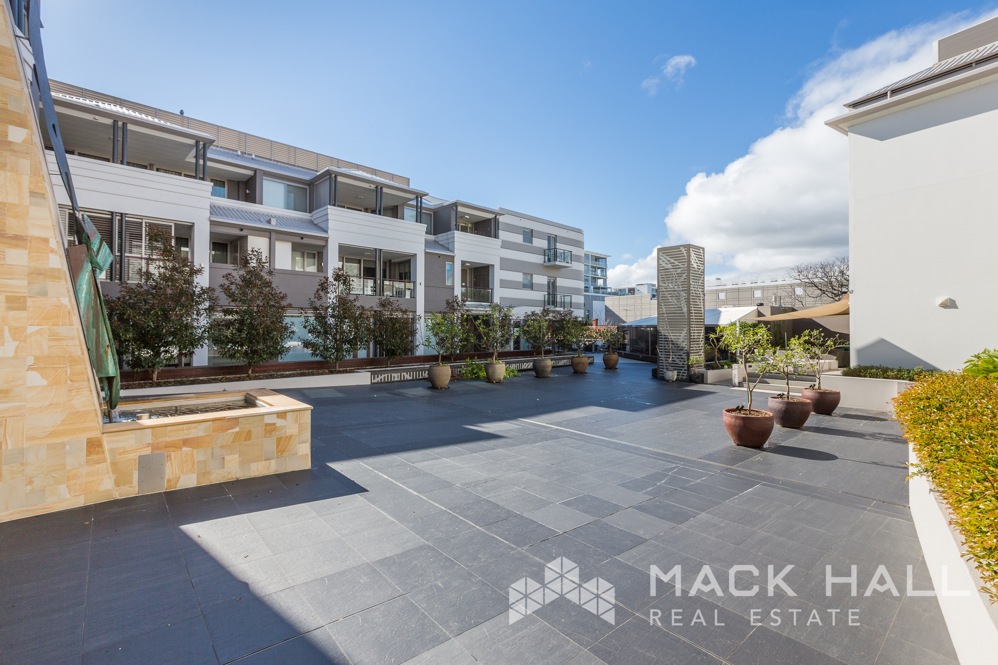 316-40 St Quentins Ave Claremont-2132