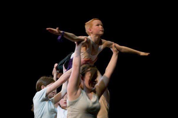 Creative contemporary dance, 9 - 11yrs