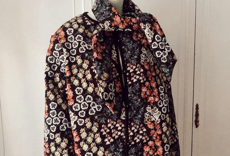 Chaqueta Flores Clothes&Co. & POYDEL