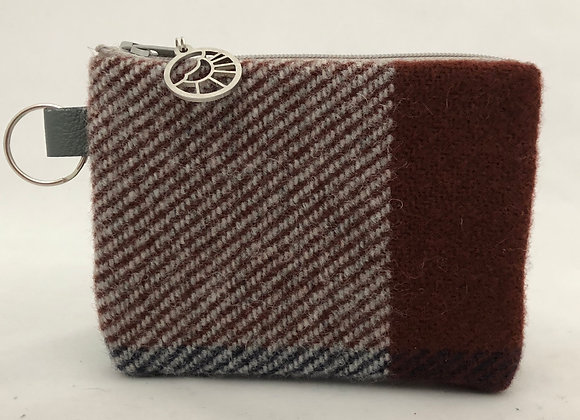 What a Maroon Card Wallet