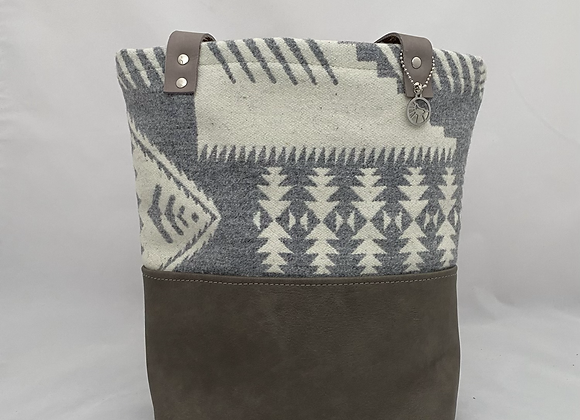 Grey & White Daily Tote