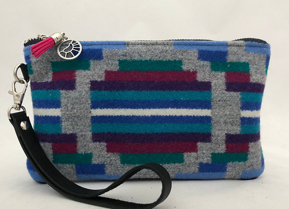Dream of the 90s Clutch