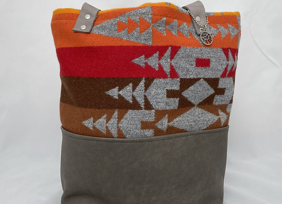 Campfire Daily Tote