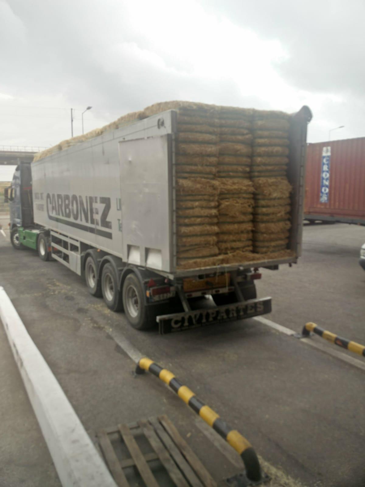 Recolha e Transporte de Palha