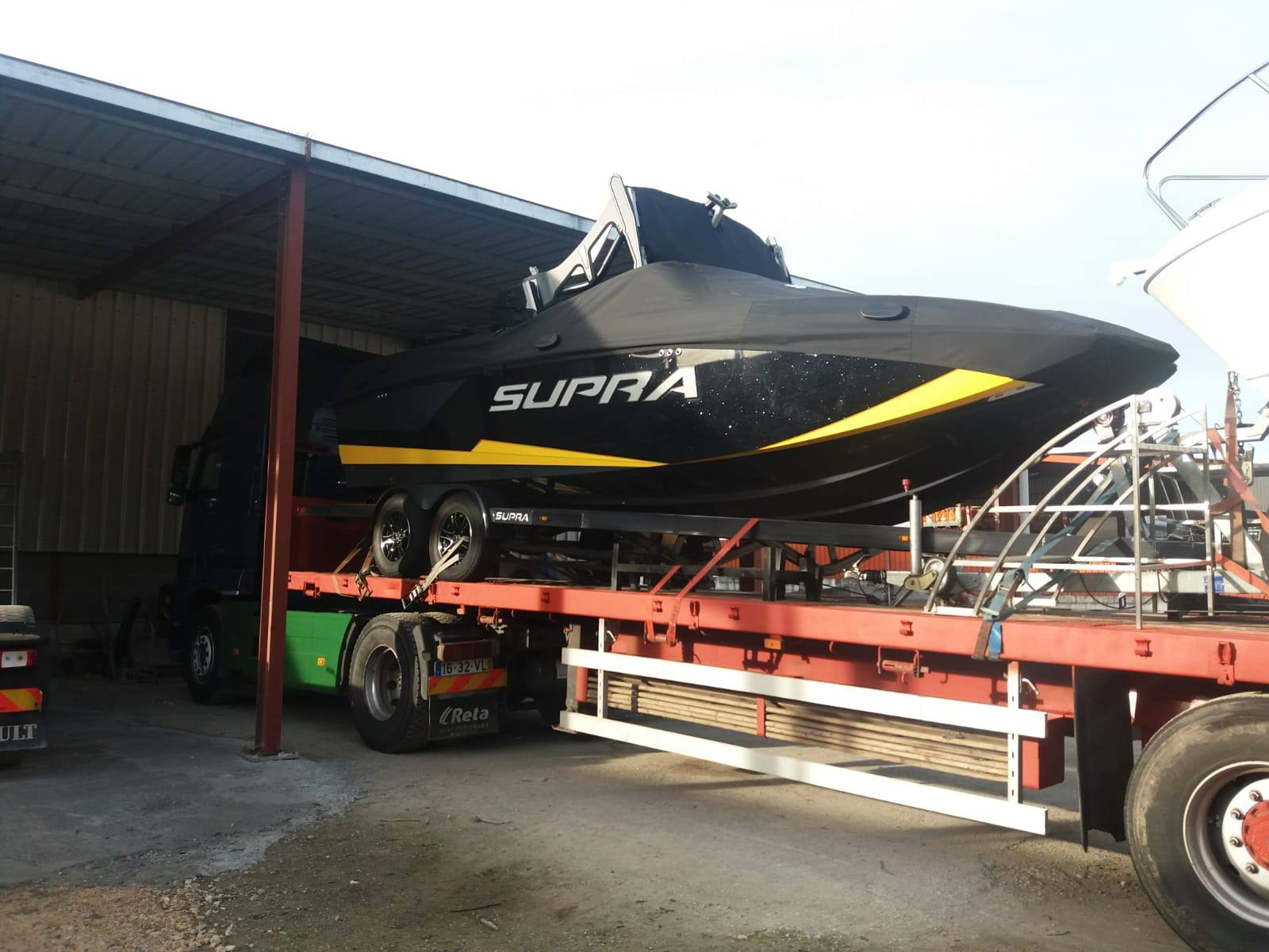 Transporte de Embarcações