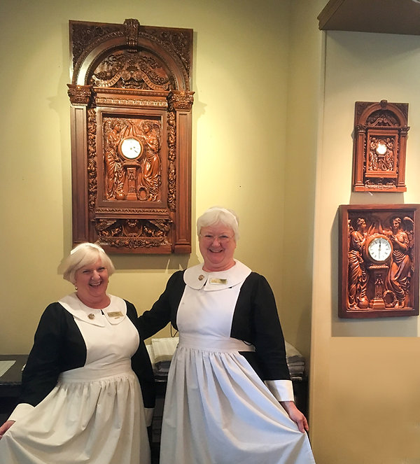 Titanic attraction Pigeon Forge gift shop features Titanic clocks you can bring home.