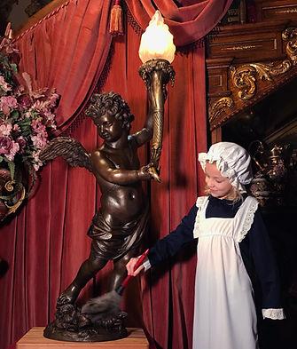 Full-sized Titanic cherub lamp clay sculpture