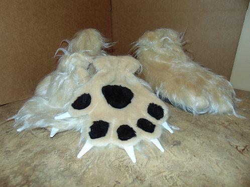 Ferocious Paws w/claws in cream