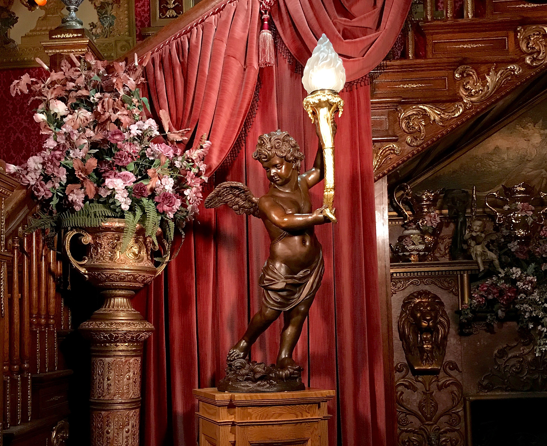 RMS Titanic bronze cherub lamp replica with 24 karat gold torch