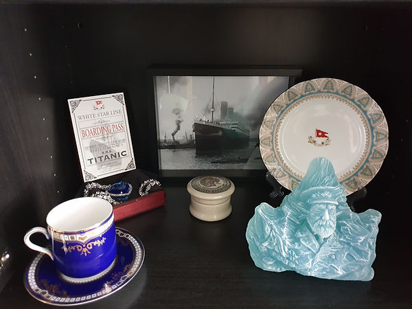 Captain Smith carved in the iceberg sculpture and china from Titanic collector Thomas Lamote of France
