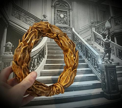 Wreath of full-sized H&G