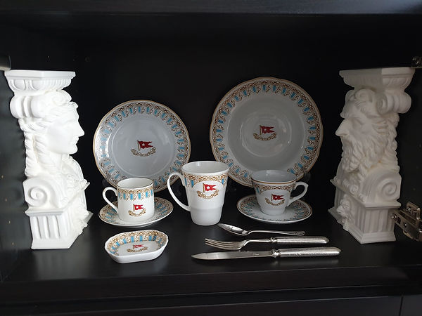 1:2 scale replicas of Titanic Dining Saloon God and goddess heads, china and flatware from collector Thomas Lamote of France